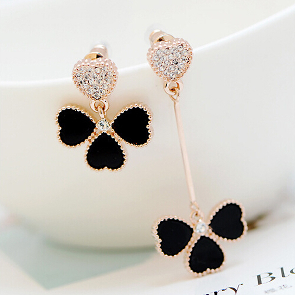 Гаджет  1 Pair Lucky Asymmetrical gold four leaf clover earrings Crystal Rhinestone Heart Drop earring free shipping None Ювелирные изделия и часы