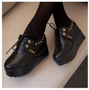 women boots autumn creepers leather women sneakers Platform Women flats shoes wedge high heels ankle boots(China (Mainland))
