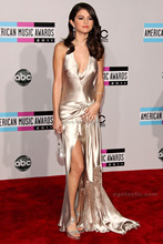 American Music Awards Selena Gomez Celebrity Dress Sexy cuello en V profundo abierto de espalda alfombra roja de noche Formal del vestido de la borla(China (Mainland))