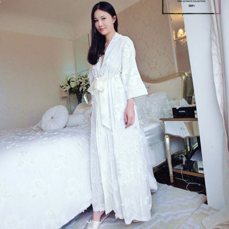 New Womens Winter Long Velvet Robe Beige Sleepwear Royal Embroidering Flower Princess Nightgown Free ShippingОдежда и ак�е��уары<br><br><br>Aliexpress