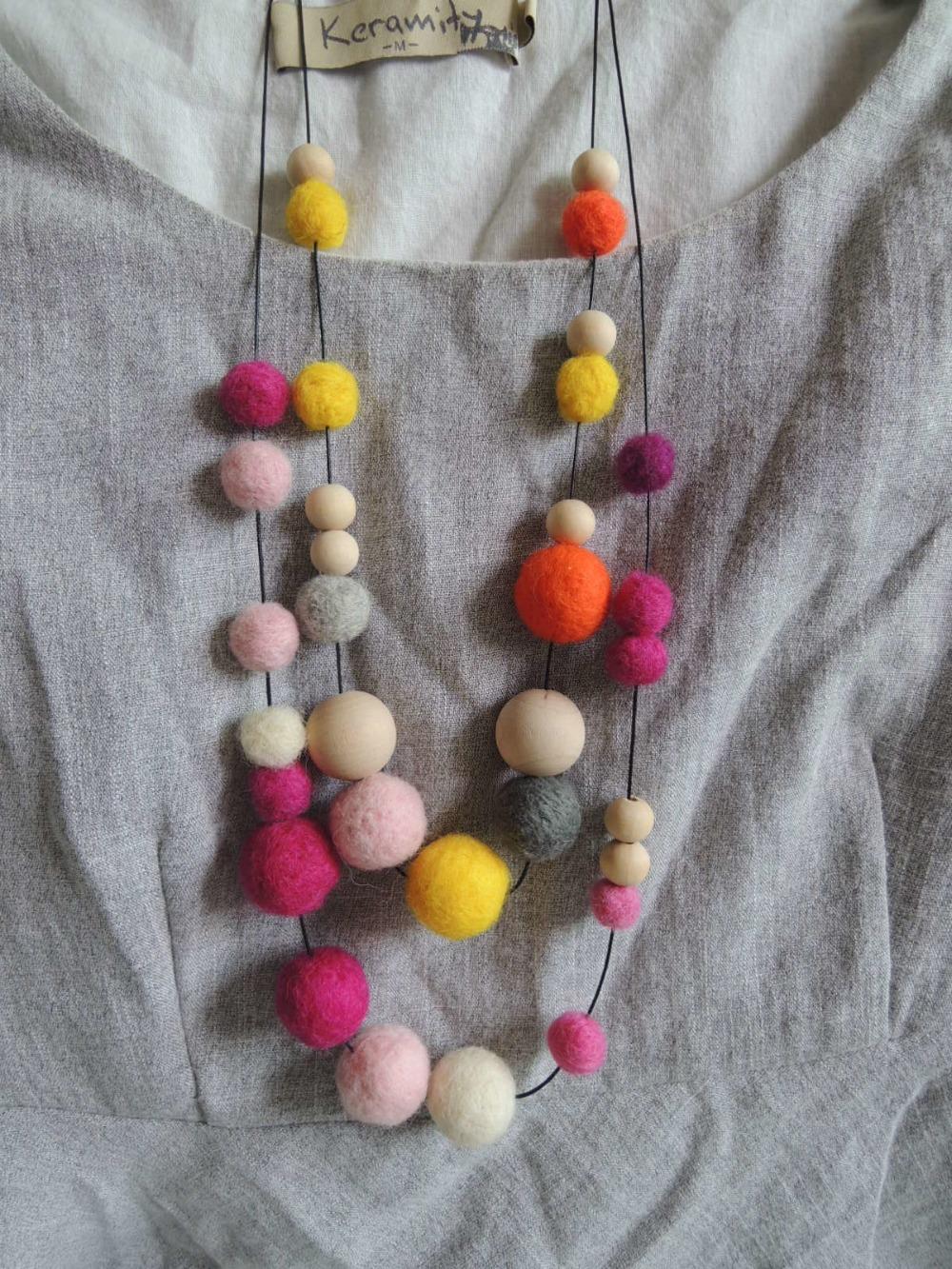 Felt necklace ball beaded assorted design felt ball wooden beaded necklace free design NW1717(China (Mainland))