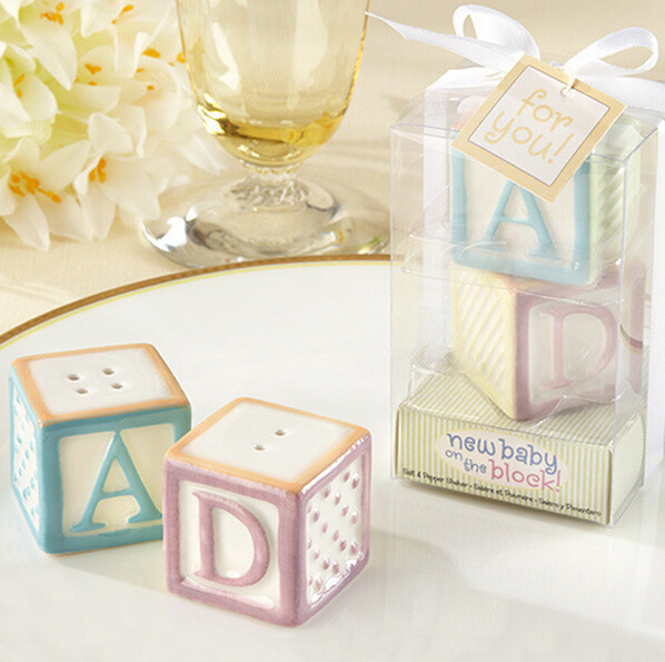 Newest Wedding Favors Dice Salt Pepper Shaker Wedding Gift Ceramic Practical Souvenirs(China (Mainland))