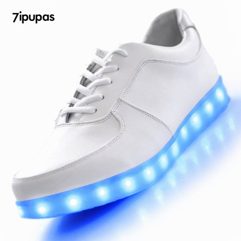 Elegant 2015 Light Up Womens Sneakers LED Shoes Womens Blue Red Green Light Up