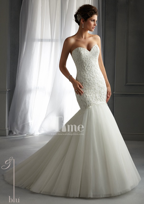 Mermaid sweetheart simple and elegant modest lace wedding for White and champagne wedding dress