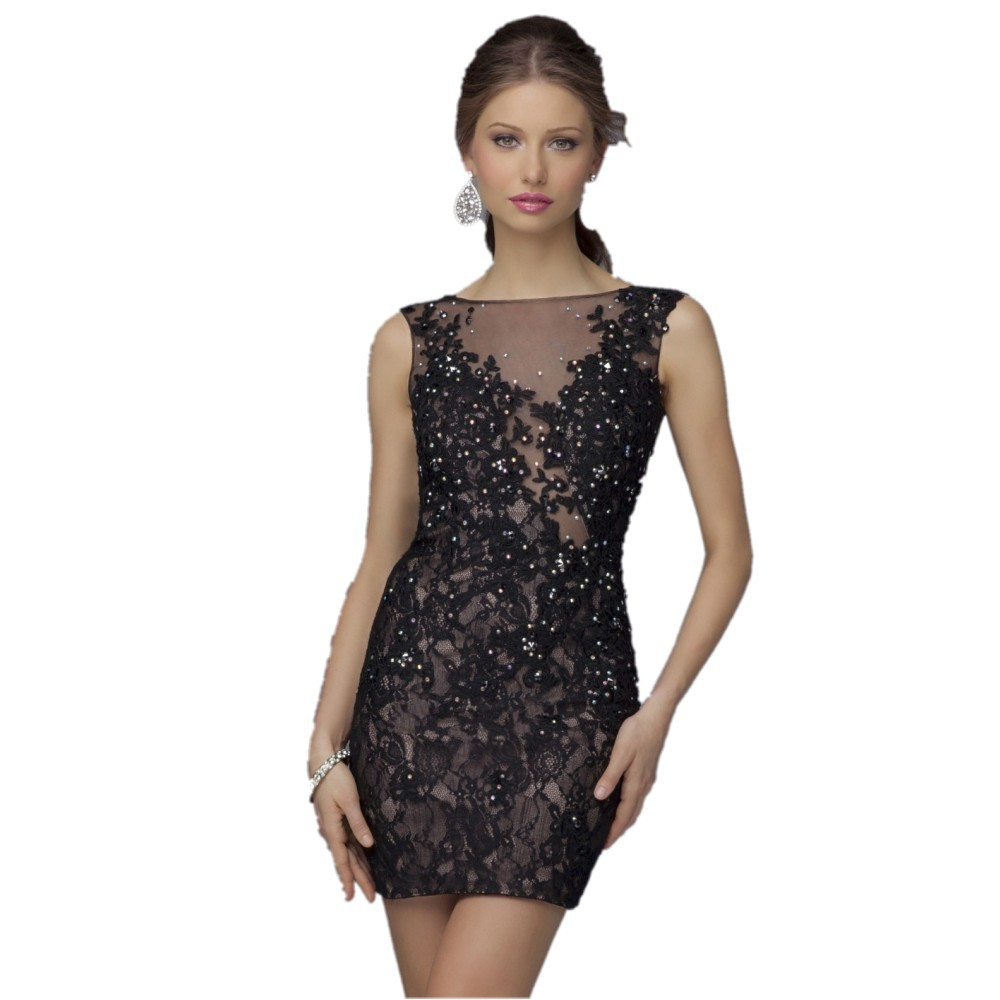 There are dresses featuring the hottest trends in cocktail dresses, homecoming dresses, holiday party dresses, semi-formal-dance dresses, banquet dresses, and junior prom dresses. You are sure to find here a designer dress that suits your needs.