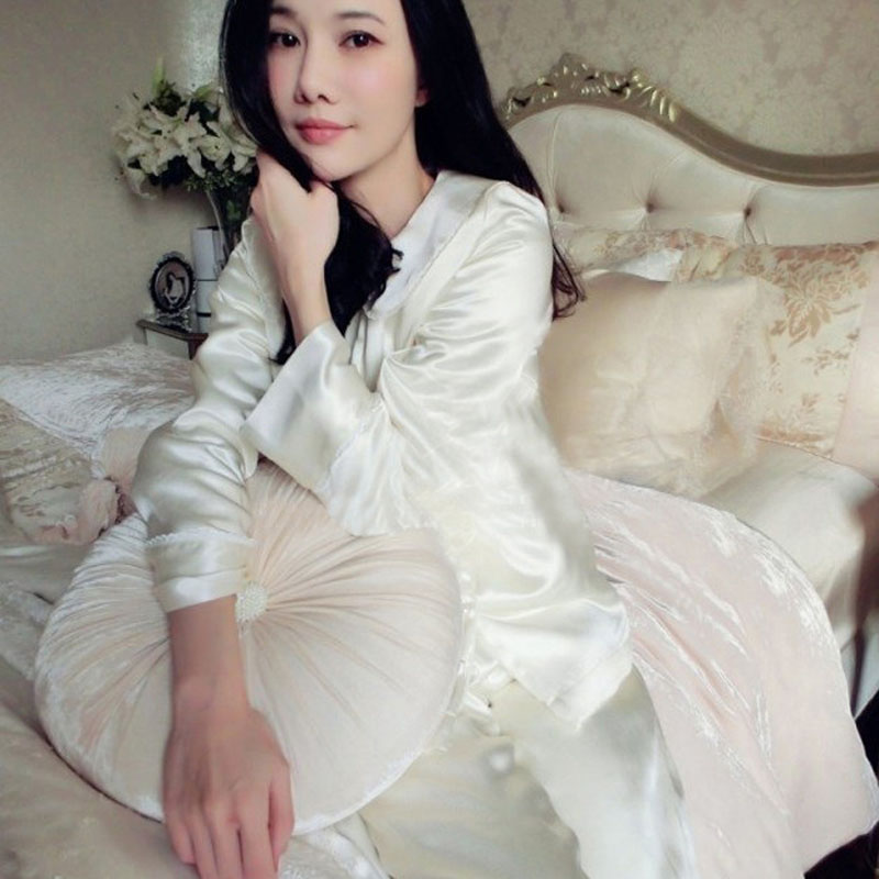 2016 New Women's high-end Real silk pajamas white Sleepwear thickening Real silk Satin Nightgown Two Pieces Set 1011(China (Mainland))