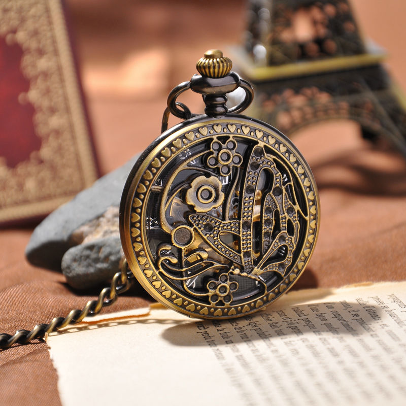 New Desinger Women Luxury Gift Pocket Watch Engraved Butterfly Necklace Chain Roma Dial Round Case Mechanical Watch(China (Mainland))