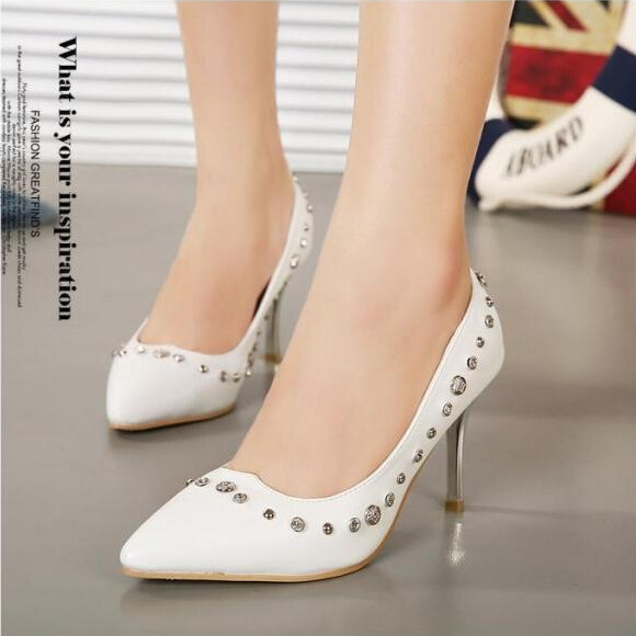 Europe 2015 new stilettos pointed rivet shoes shoes 3 seasons