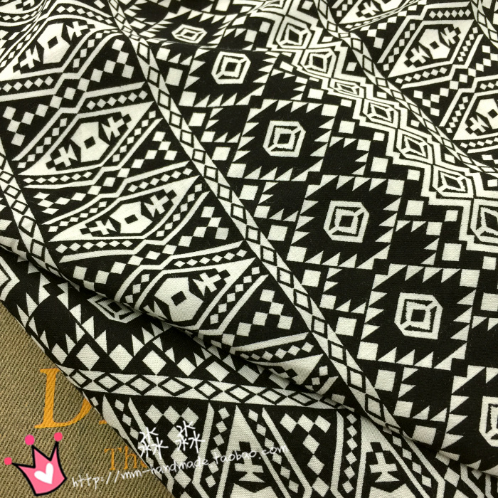 FREE SHIPPING Western wind cloth black soft geometric pattern printed artificial cotton dress sub handmade cloth fabric(China (Mainland))