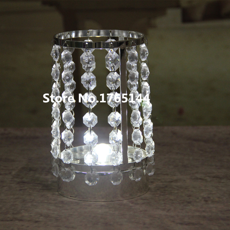 Acrylic crystal wedding centerpiece table centerpiece for Plastic chandeliers for parties