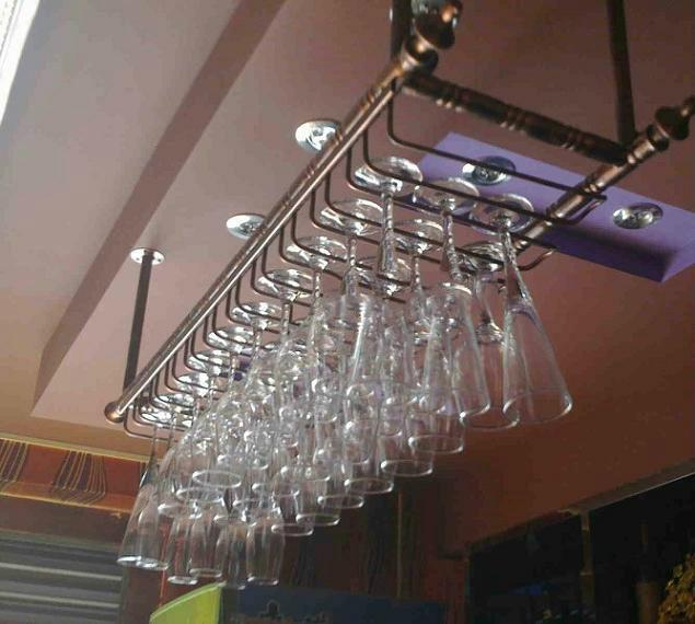 80 30cm fashion bar red wine goblet glass hanger holder hanging rack shelf wall wine rack cup. Black Bedroom Furniture Sets. Home Design Ideas
