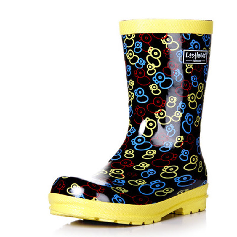 The Aussie Gumboot range is bright, fun and fashionable as well as practical. We have a fabulous range of gumboots for everyone – kids gumboots, and ladies fashion gumboots as well as the tried and true mens safety gumboots, or industrial gumboots, for work or a more understated look.