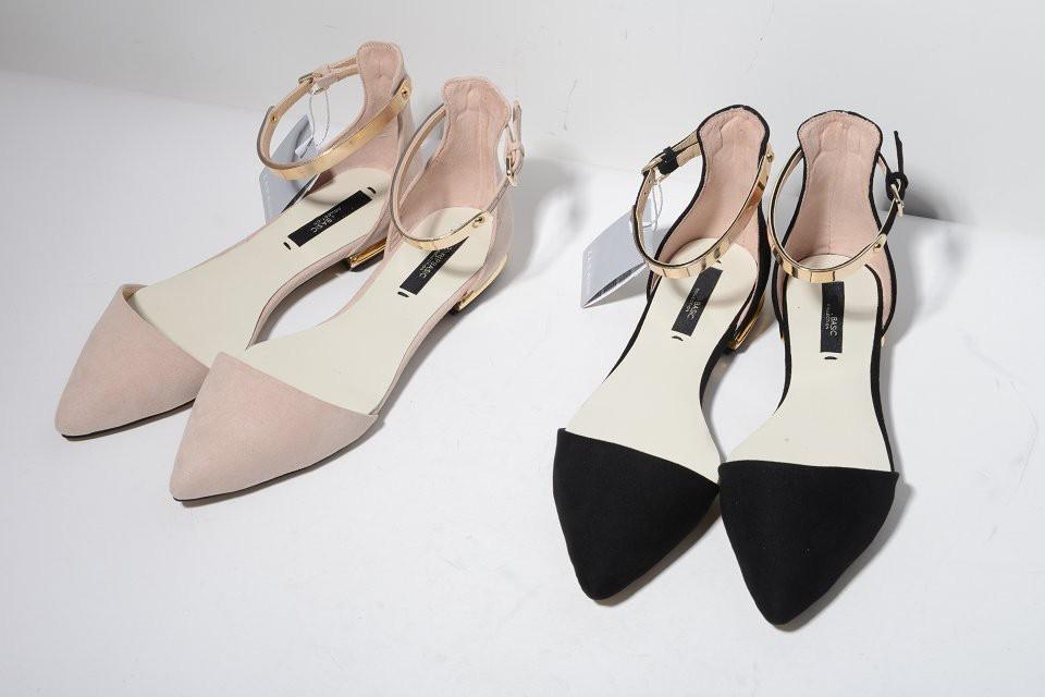 Здесь можно купить  2015 SS New Arrivals pointed toes womens fashion sandals Nude Pink Black gold metallic chips flats low heels sexy chic stylish  Обувь
