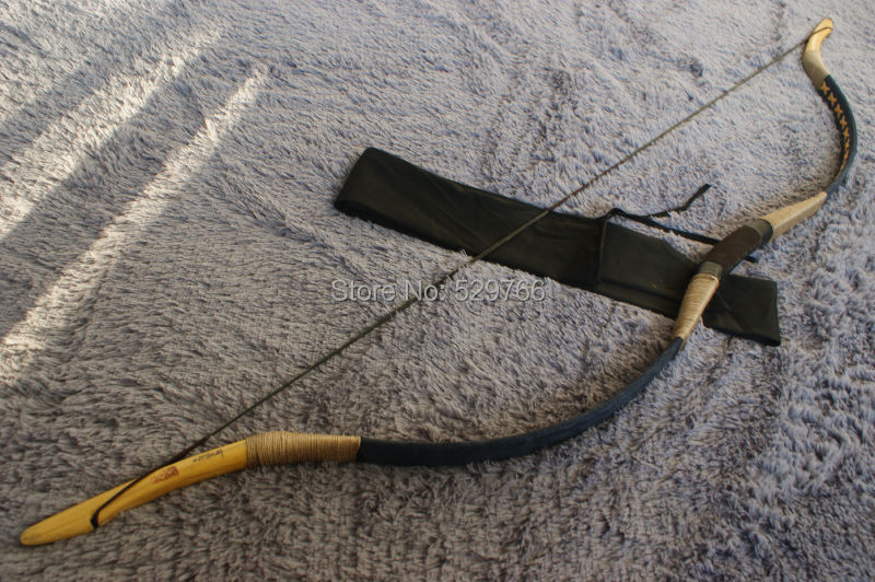 Classical 85-110# Handmade Horsebow Archery Hunting Longbow Pigskin Recurve Bow T-6 With String<br><br>Aliexpress