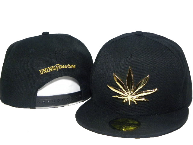 New Hot gold metal marijuana leaf snapbacks baseball caps hiphop hats gold Cannabis leaf pattern flat brim summer outdoor hat(China (Mainland))