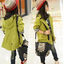 Retail 2015 children's clothing female child spring and autumn casual solid color hooded double breasted trench child outerwear