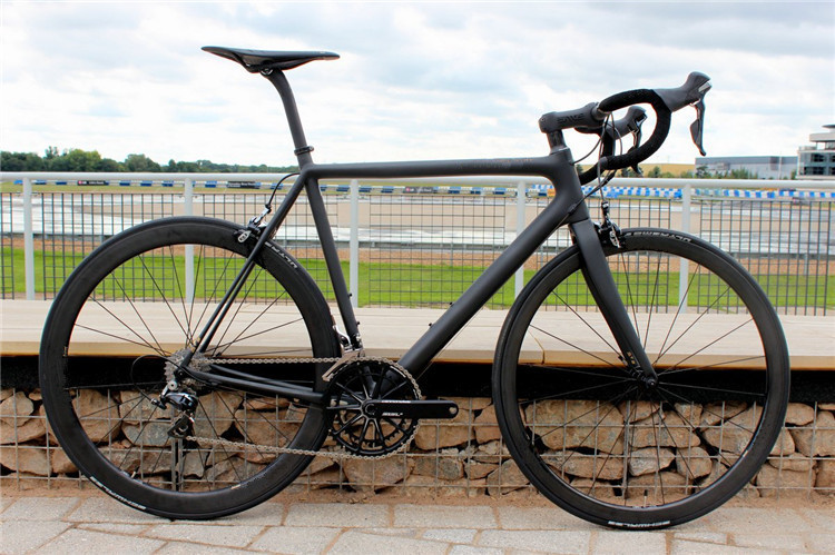 Carbon bicycle complete lightweight carbon complete road bike T800 UD weave carbon road complete bicycle with Mechanical group(China (Mainland))