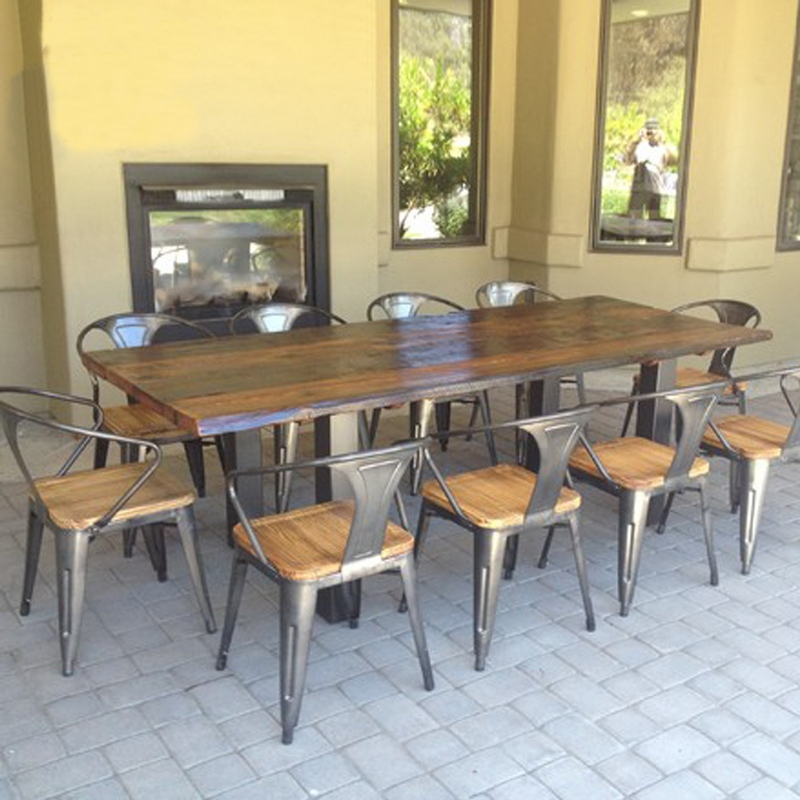 American vintage wood tables wrought iron tables and for Table cuisine 6 personnes