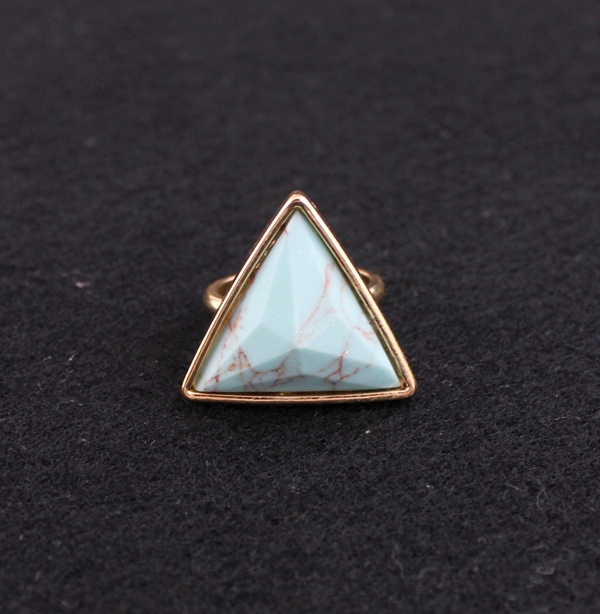 NEW 2015 Hot Women Ring Triangle Turquoise Ring Fashion Gold Plated Geometric Semi Precious Turquoise Stone Ring for Women(China (Mainland))