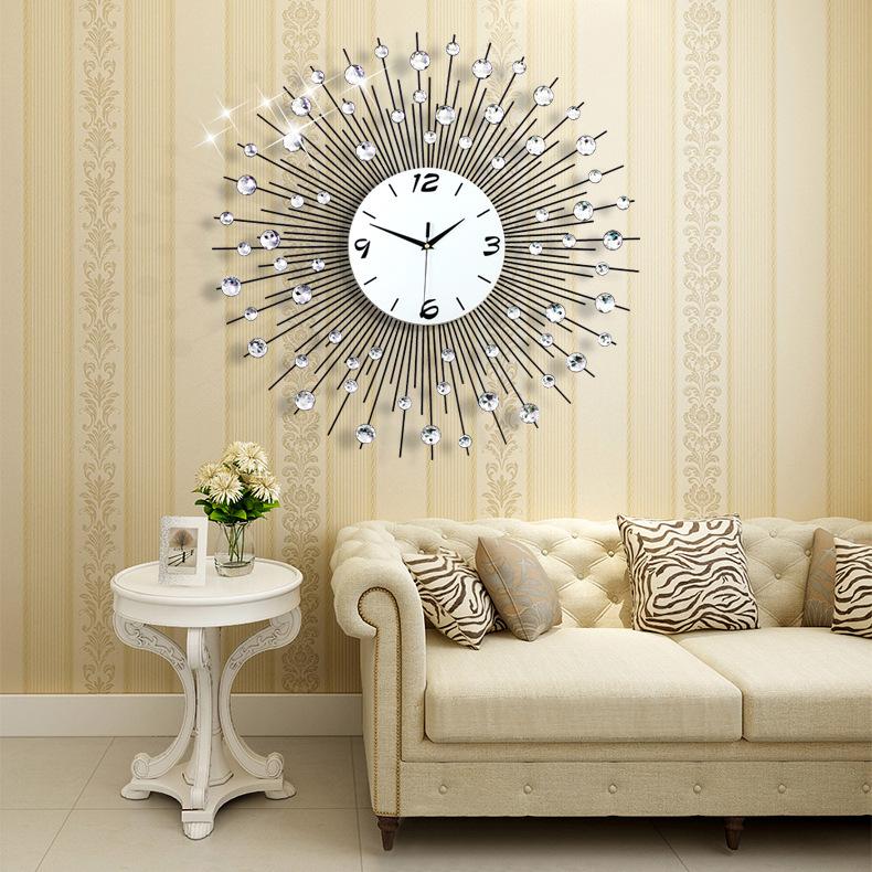 2016 New creative electronic technology room clock European style iron art Rhinestone clock mute quartz clock watch(China (Mainland))