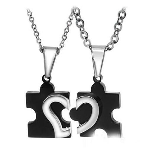 Romántico par de collares para enamorados