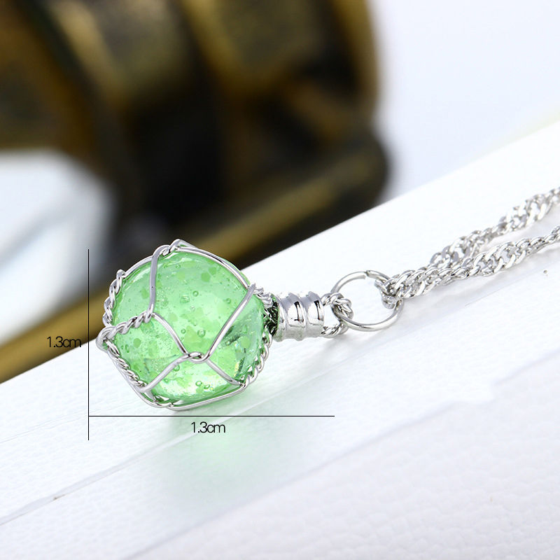 1 PCS Fashion Newfangled 1Pc Novel Luminous Crystal Ball Glow In The Dark Necklace Hot Sale fine jewelry 2 color New(China (Mainland))