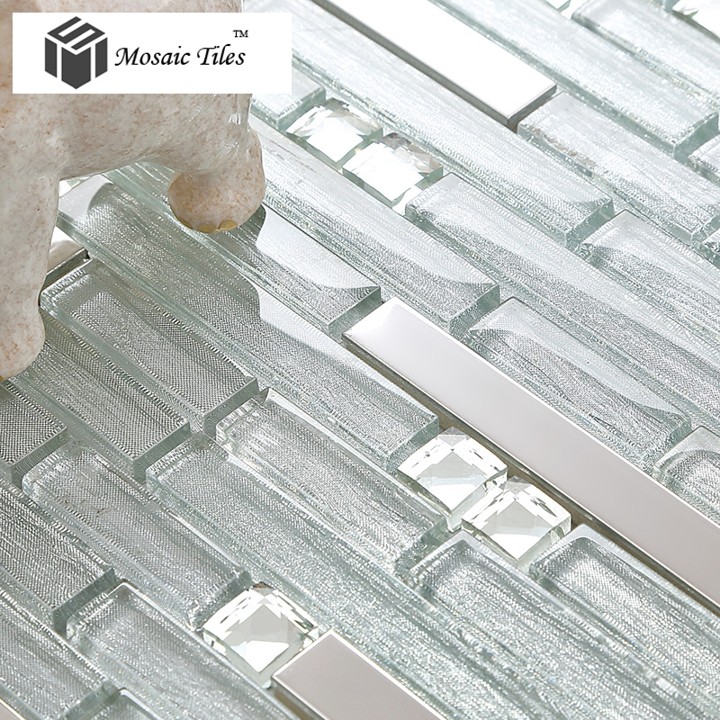 Dusche Mosaik Streifen : Stainless Steel and Glass Tile Backsplash