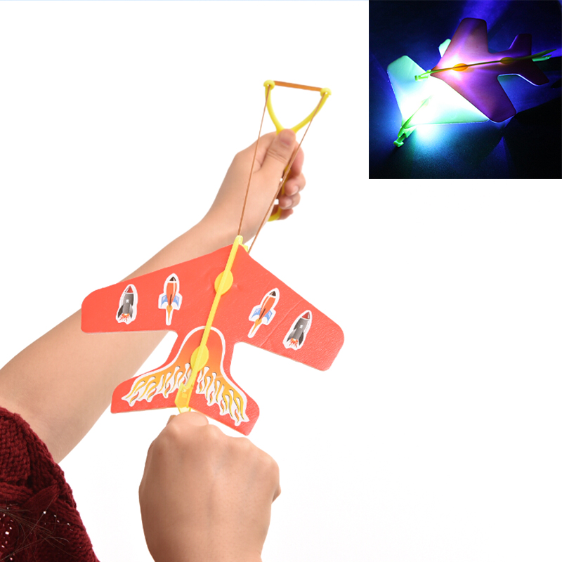 Amazing LED Light Arrow Plane Helicopter Flying Toy Party Fun Gift Led Light Kids Flying Toys 1 Pcs(China (Mainland))