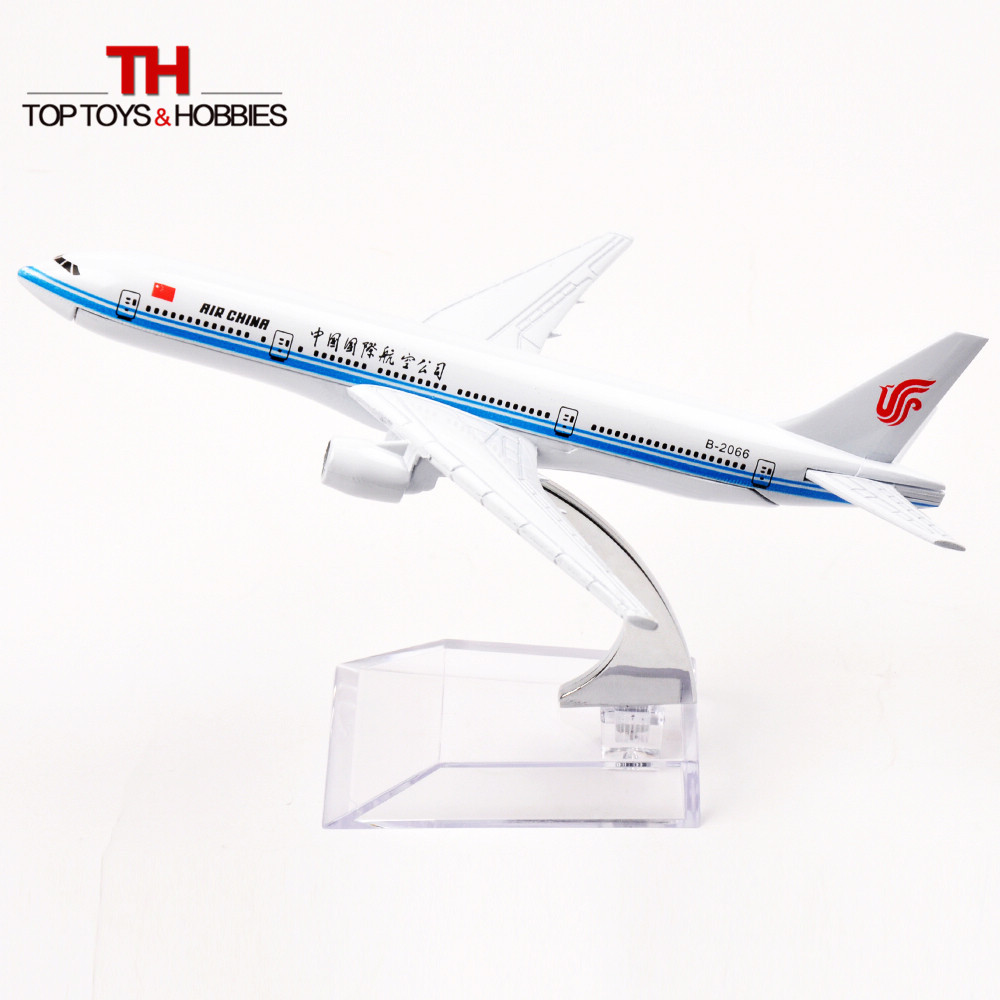 16cm Alloy Meta Air China Airways Boeing B-777 Passenger Plane Model Aircraft Collection Juguetes Children Toys(China (Mainland))