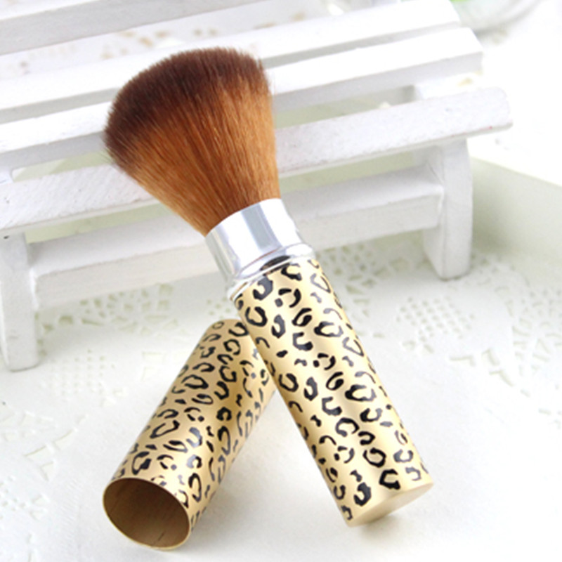 Professional Retractable Makeup Brush Foundation Powder Blush Bronzers Tools Portable Female Useful Makeup Product