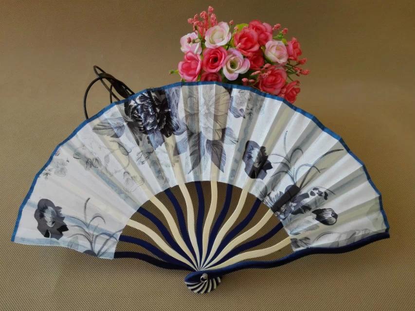 Free Shipping 100pcs lot flower design silk fabric fan Chinese style bamboo hand fan as souvenirs
