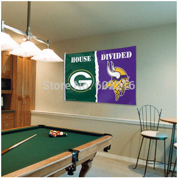 Green Bay Packers Minnesota Vikings helmets House Divided Flag Football Flag 3ft x 5ft Polyester NFL Banner Flying Flag(China (Mainland))