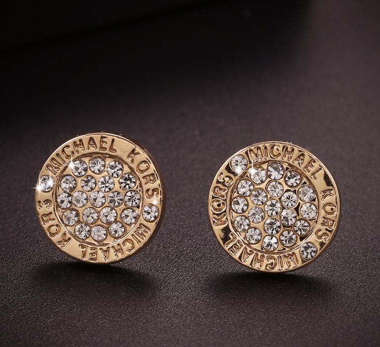 Гаджет  Hot Fashion Jewelry 925 Sterling silver Gold Plated Crystal Rhinestone Brand Letter Stud Earrings For Women None Ювелирные изделия и часы