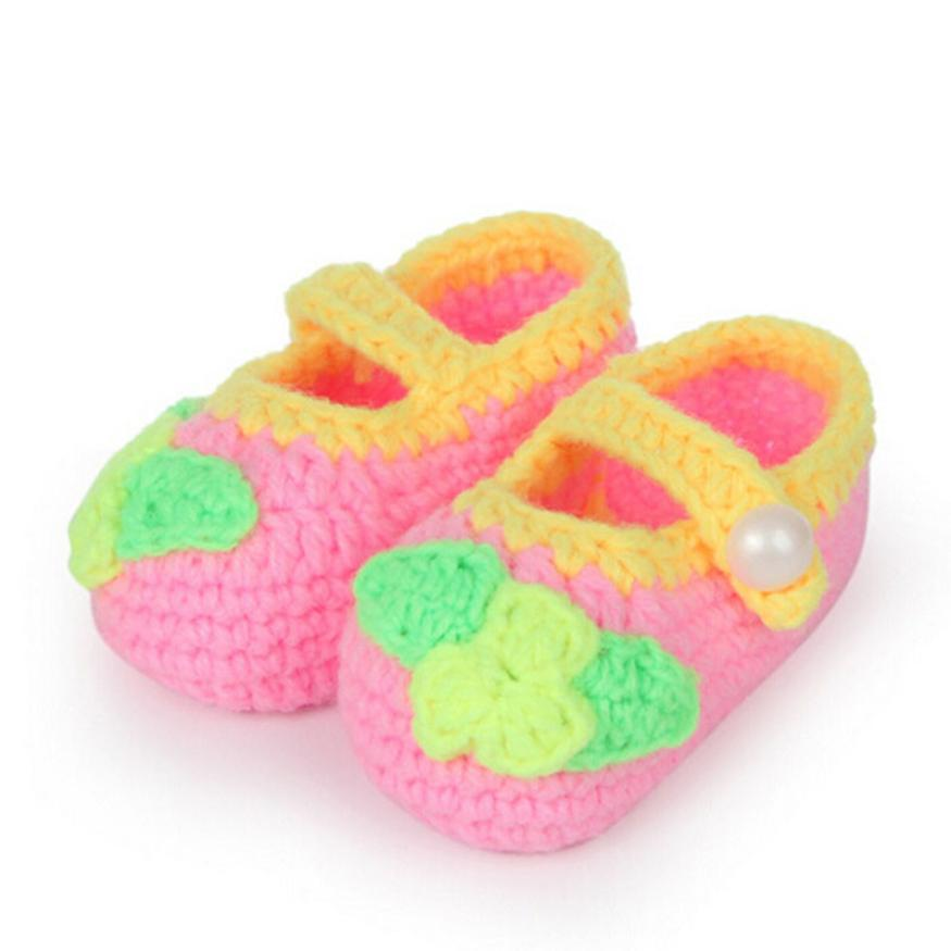1Pair Cute Crib Crochet Casual Baby Girls Handmade Knit Sock Butterfly Infant Woolen Shoes for girls children footwear(China (Mainland))