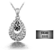 Fashion Crystal Pendants Necklaces Water Drop Austrian Rhinestone Necklaces For Women   Jewellery(China (Mainland))