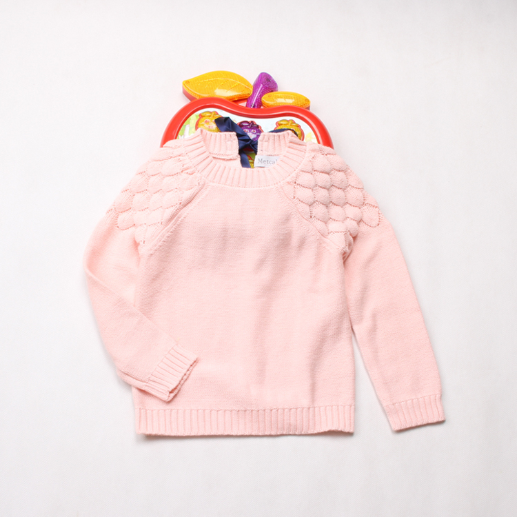 Фотография Toddler Girl Casual Baby Solid Woolen Sweater Fashion New Autumn 2015 Full Sleeve Bow Pullovers Wear Children Clothing 6pcs/lot