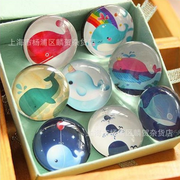 8PCS/Set Lovely 25MM Cartoon Whale Glass Refrigerator Magnet Kids Magnet Toys For Home School Party Decoration Gift(China (Mainland))