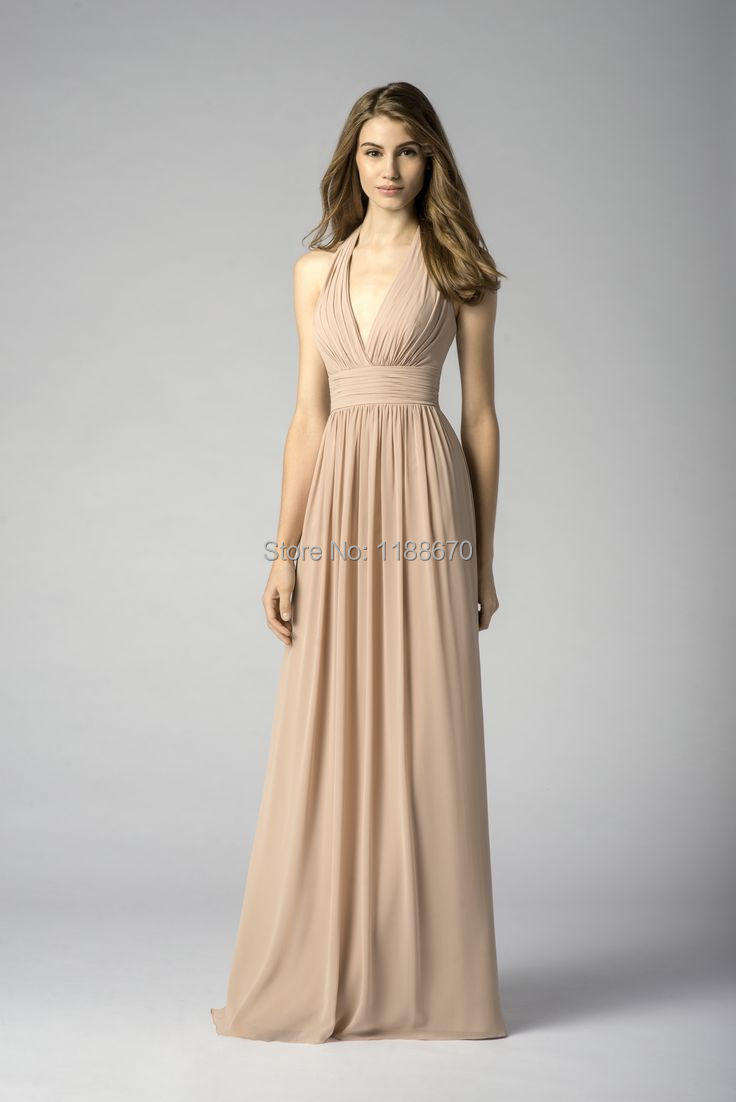 The latest collection of chiffon includes casual as well as formal wear, wedding dresses and party dresses; you would find all the variety on shoprex. Chiffon is crowned as .