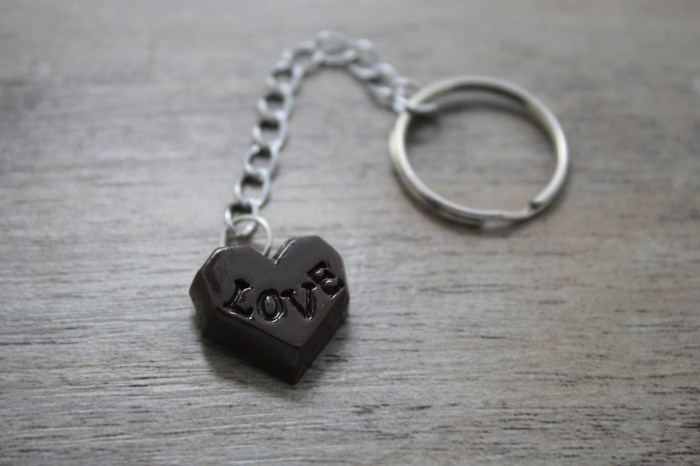 Handcrafted 20pcs coffee love heart Chocolate cookies key chain with a key ring(China (Mainland))