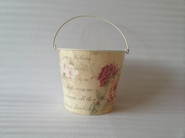 Free shipping rose design Wall mounted iron pot Hanging Buckets Wall Mounted decorative Vase(China (Mainland))
