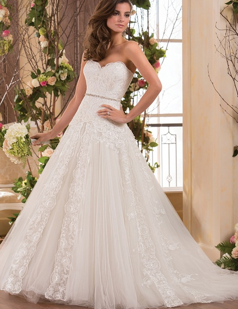 A line 2015 new sweetheart beaded white ivory strapless for Tulle a line wedding dress