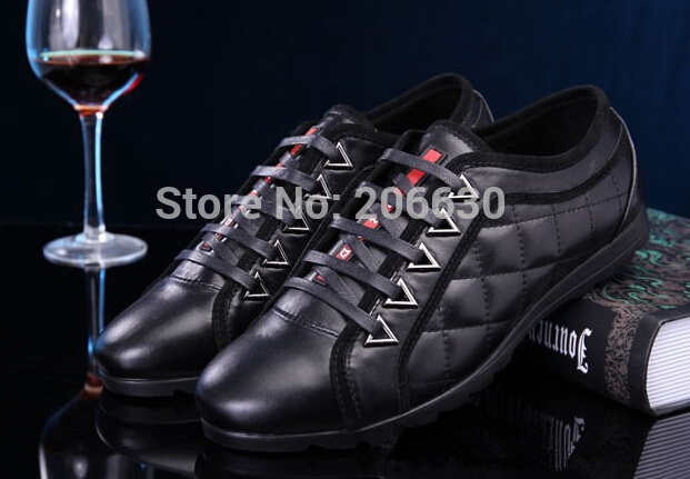 Free shipping men's fashion to help low leather business shoes, leather casual shoes breathable shoes size 39-44(China (Mainland))