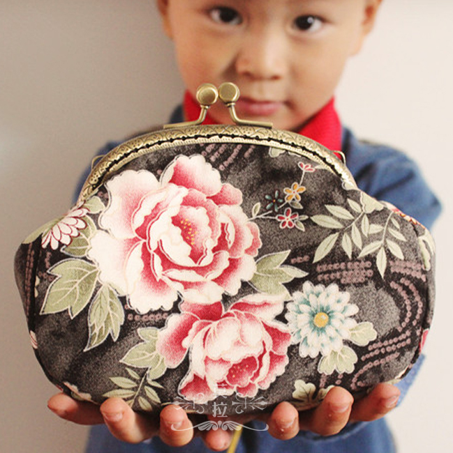 Endulge peony vintage fabric diy the mouth gold package handle bag day clutch material kit metal frame handbag needlework(China (Mainland))