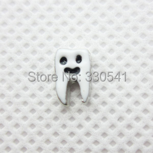 Free Shipping! 2014 hot sale fashion alloy jewelry Lovely silver Smiley teeth floating charms for memory glass locket AFC1436(China (Mainland))