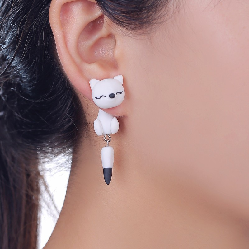 2015 New Polymer Clay Black and White Fox Stud Earrings For Women Fashion Animal Piercing Earrings Jewelry(China (Mainland))