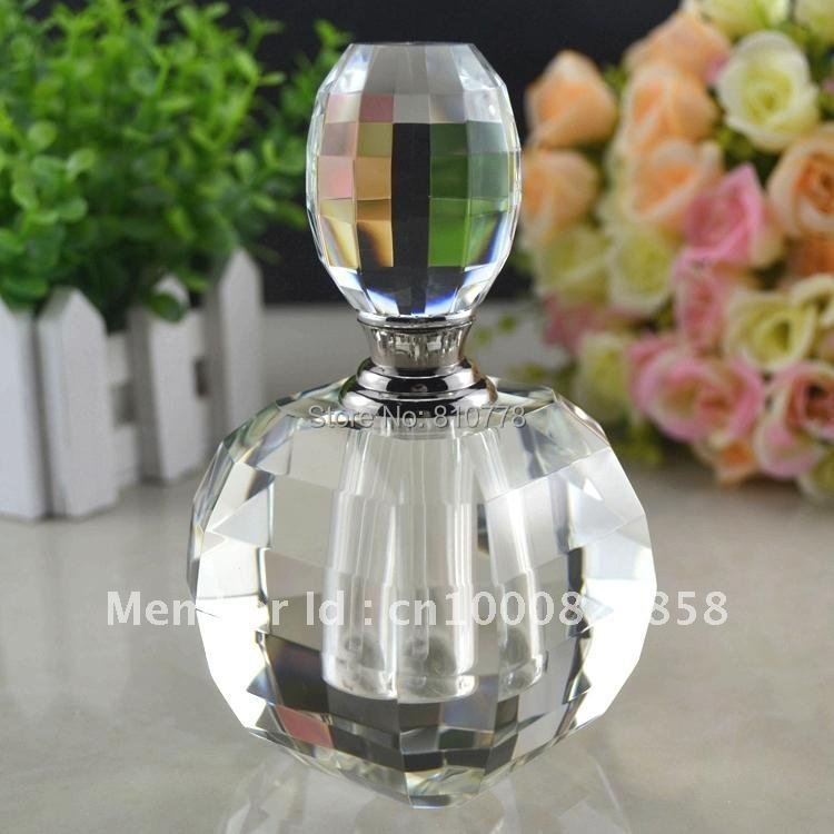Hand-tailored The upscale crystal perfume bottle human body crystal perfume bottles Crystal oil bottles Crystal perfume bottle(China (Mainland))