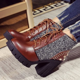 Фотография woman ankle boots winter warm women lady half fashion sexy shot boot  lace-up high heel  Women