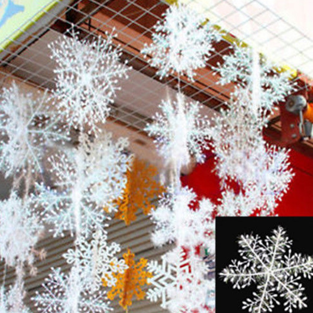 30Pcs Christmas Snow flakes White Snowflake Ornaments Holiday Christmas Tree Decortion Festival Party Home Decor(China (Mainland))