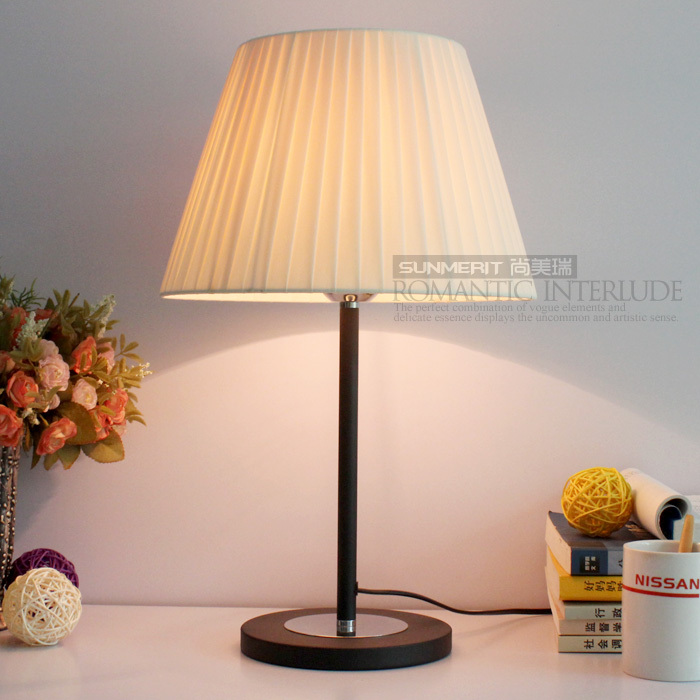 Buy 220v New Modern Bedside Cheap Table Lamp Bedroom