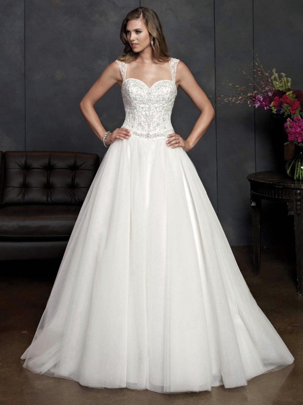 2014 New Arrival A line Tulle Satin Elegant Wedding dress Sweetheart Removable strap Beading Waistband Floor length Sweep(China (Mainland))